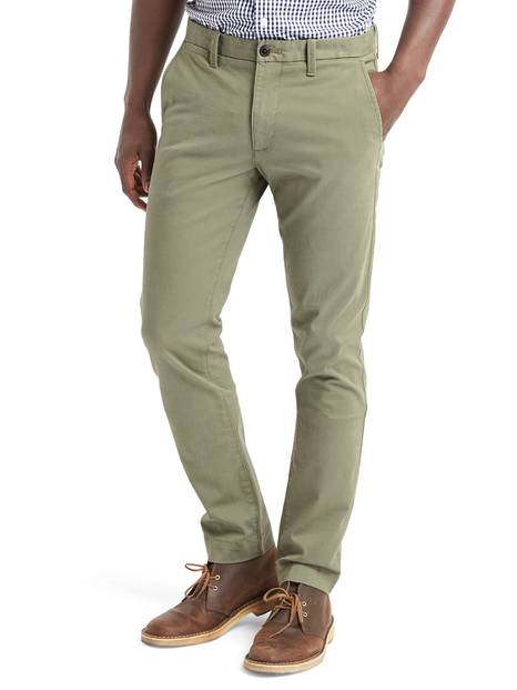 Original Khakis in Skinny Fit with GapFlex