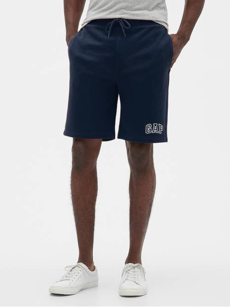 "9"" Logo Shorts in Fleece"