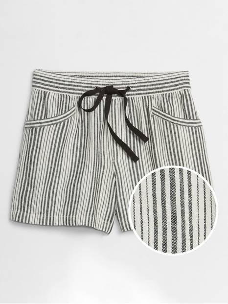 Pull-On Shorts in Linen-Cotton