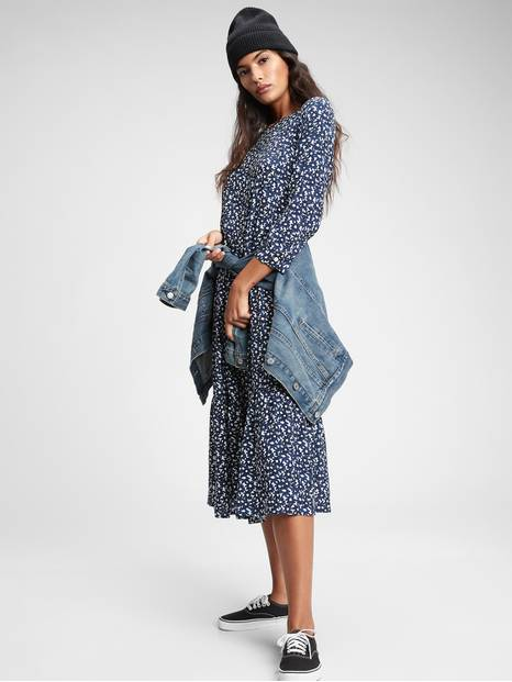 Three-Quarter Sleeve Flounce Midi Dress